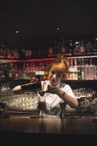 профессия бармена